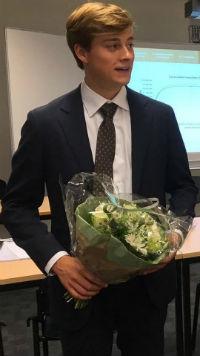 Jacob Veerhuis krijgt tien voor afstudeeronderzoek bij Blokker